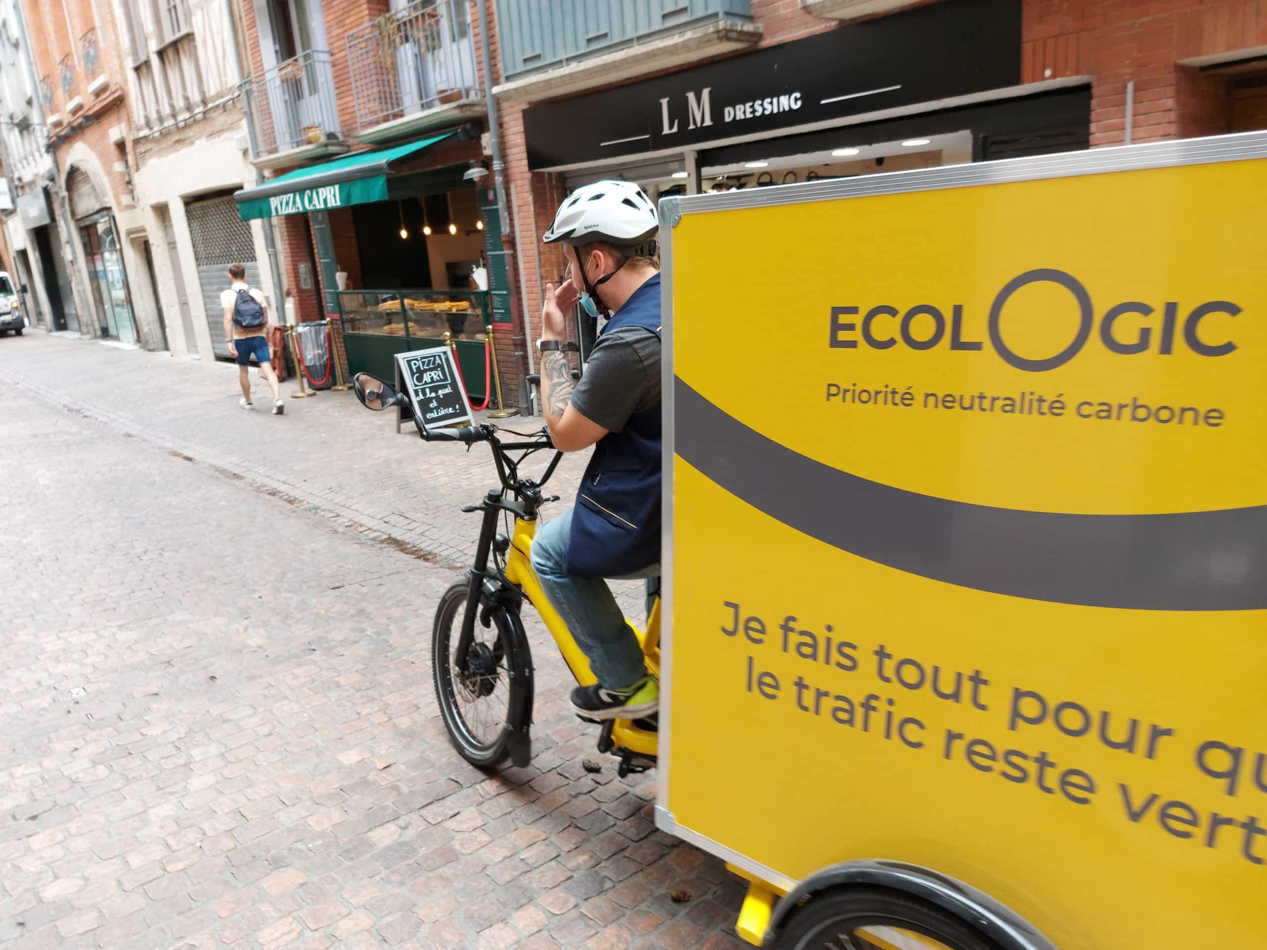 Poste vélos cargos Toulouse
