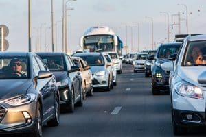 Les conditions de circulation s'annoncent difficiles ce samedi 21 août en Occitanie. Il y aura beaucoup de monde sur les routes. Voici les horaires à éviter. / Licence Pixabay - Ri_Ya