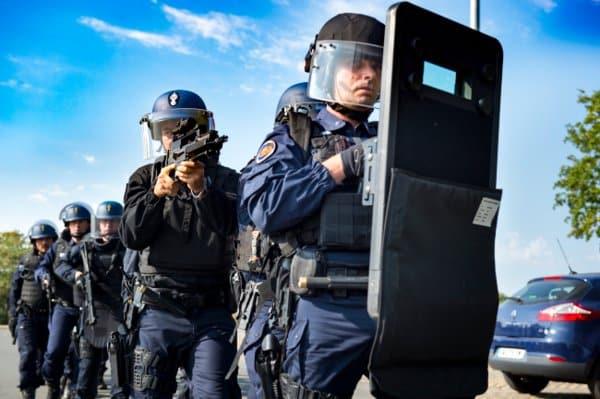 Selon La Dépêche du Midi, un peloton de surveillance et d'intervention de la gendarmerie, va être créé à Saint Girons, en Ariège @MinistèreDel'Intérieur