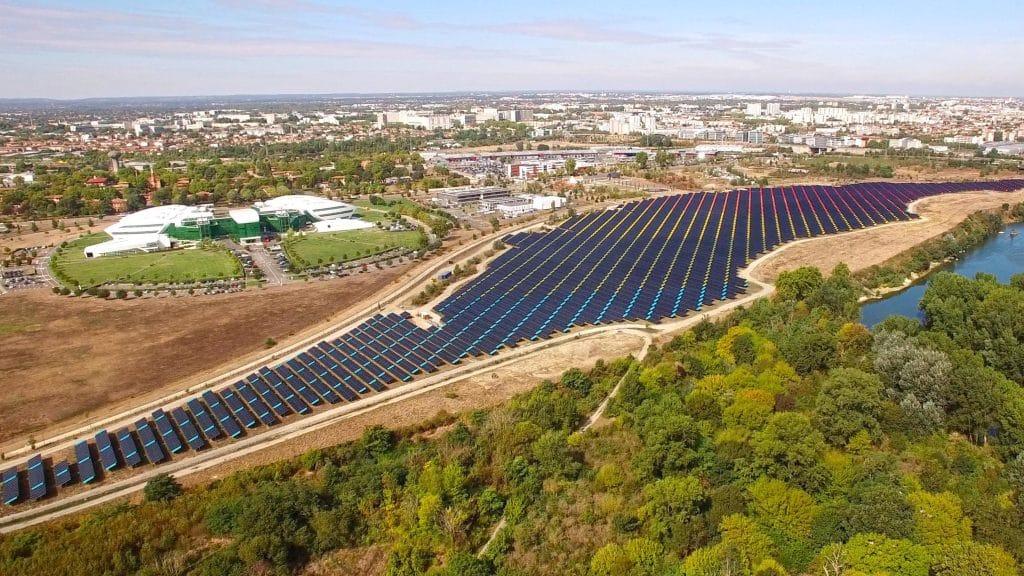 Toulouse inaugure la plus grande centrale solaire urbaine de France @Urbasolar